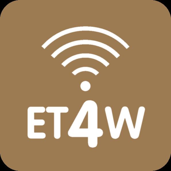 A tecnologia EasyTech4Wood permite o controlo automático de todas as funções do fogo a lenha, através de um comando à distância ou de uma aplicação para smartphone ou tablet.